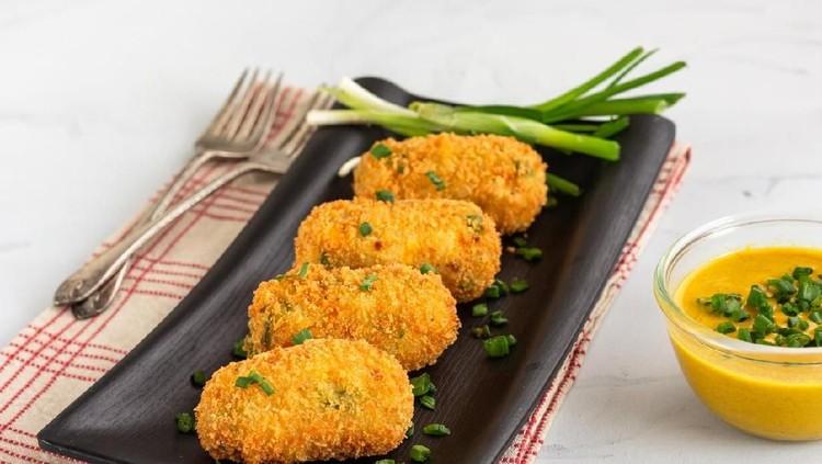 Pom Pom Potato bikin anak kenyang meski enggak makan nasi. Dijamin gizi anak terpenuhi lho, Bun.