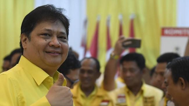 Tiba di DPP Golkar, Airlangga Bungkam Ditanya soal Azis