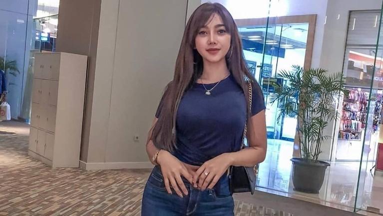 Tak hanya aktif dan memiliki banyak followers di Instagram, Messya juga aktif menggunakan Youtube dengan nama akun Messya Iskandar.