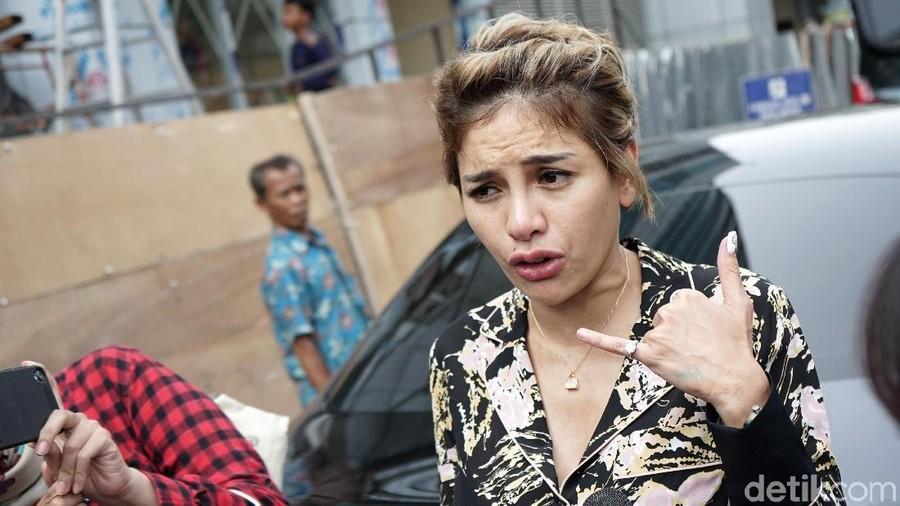 Pesan Menyentuh Nikita Mirzani untuk Anak, Sebelum Dijemput Paksa Polisi