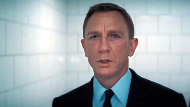 Film James Bond terbaru, No Time To Die kembali ditunda menjadi tahun depan karena kondisi pandemi virus corona Covid-19 yang tak kunjung reda.