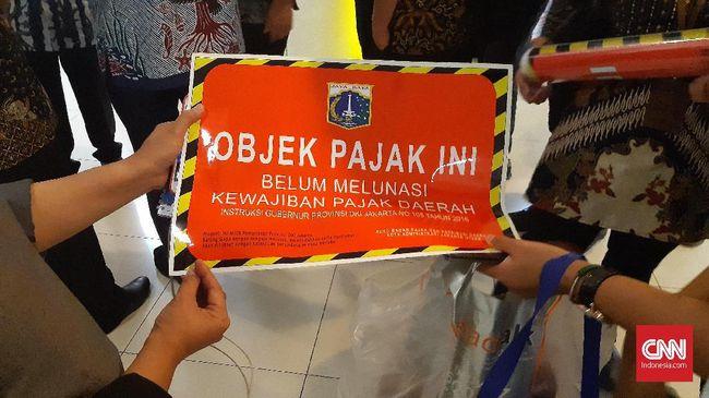Presiden Jokowi menargetkan penerimaan pajak naik 5,48 persen menjadi Rp1.481,9 triliun pada RAPBN 2021.