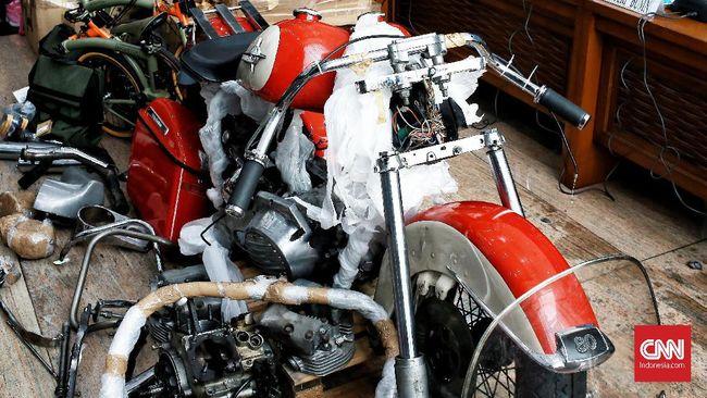 Ditjen Bea Cukai menyebut direksi Garuda Indonesia yang terlibat penyelundupan Harley terancam pidana 1 tahun.