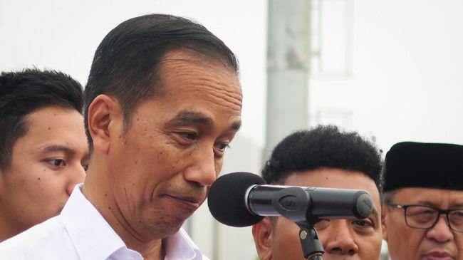 Kepada Menkes Terawan dalam Ratas, Jokowi meminta manajemen rumah sakit dalam menangani pasien Covid-19 dibenahi.