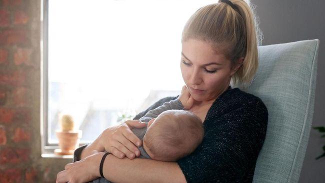 Seorang ibu menyusui di AS mengaku bisa mengeluarkan ASI melalui ketiak. Kondisi ini terjadi akibat 'pitties' atau pembengkakan jaringan payudara akibat ASI.