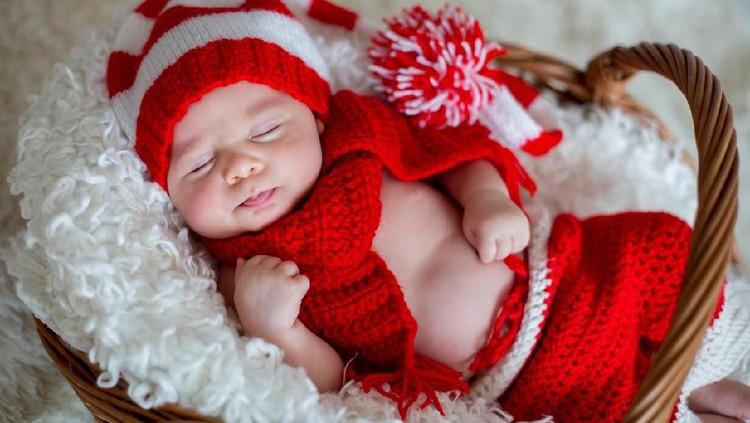 Bunda sedang cari nama bayi perempuan? Lihat nama bayi perempuan yang terinspirasi dari hari Natal berikut ini yuk.