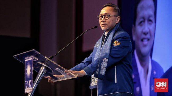 Ketum PAN Zulkifli Hasan mengatakan bahwa Ketua Dewan Kehormatan PAN Amien Rais pernah mengibaratkan kompetisi kursi ketua umum seperti pertandingan SmackDown.