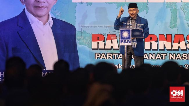 Amien Rais disebut sudah memilih nama untuk partai barunya. Sejumlah nama sempat disebut salah satu loyalis Amien Rais untuk partai baru itu.