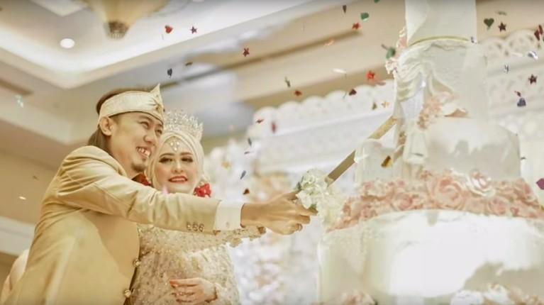 Simak 7 momen bahagagia pernikahan kedua Ade Jigo dan Irene.