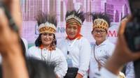 <div>Acara jalan santai ini sekaligus mengakrabkan keluarga anggota Kabinet Indonesia Maju. Sebab sebagian dari mereka baru saling mengenal sekitar dua bulan terakhir. (Foto: Humas Oase)</div><div></div><div></div>