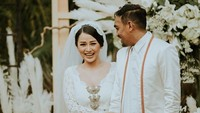 <p>Glenn Fredly dan Mutia Ayu menikah pada bulan Agustus 2019. Hubungan keduanya tidak mereka umbar di media sosial. (Foto: Instagram @mutia_ayu)</p>