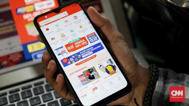 E-commerce dalam negeri disebut masih menguasai jumlah pengunjung website di sepanjang 2019 meski beberapa situs belanja online International turut masuk.