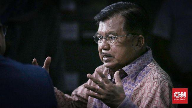 Jusuf Kalla mengatakan kritik dalam sebuah pemerintahan yang demokratis adalah hal penting sebagai bagian koreksi jalannya pemerintahan.