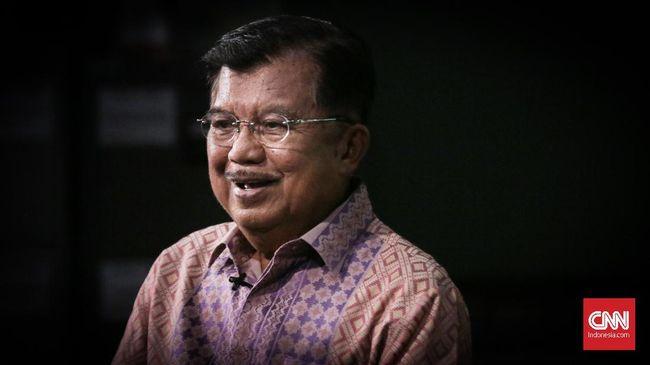 Ketua Dewan Masjid Indonesia (DMI) Jusuf Kalla meminta pengurus masjid selalu memantau kelompok kajian.