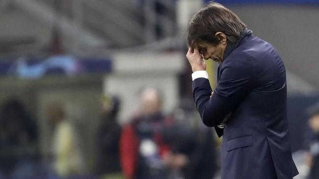 Inter Milan dan Ajax Amsterdam menjadi dua tim raksasa yang dipastikan tersingkir dari Liga Champions pada hari pertama matchday terakhir.