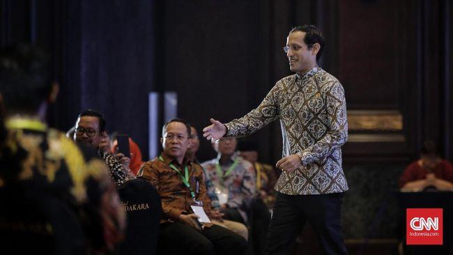 Ketua Komisi X DPR RI Syaiful Huda menyebut ujian nasional membuat stres murid, orang tua siswa, guru, hingga kepala daerah.