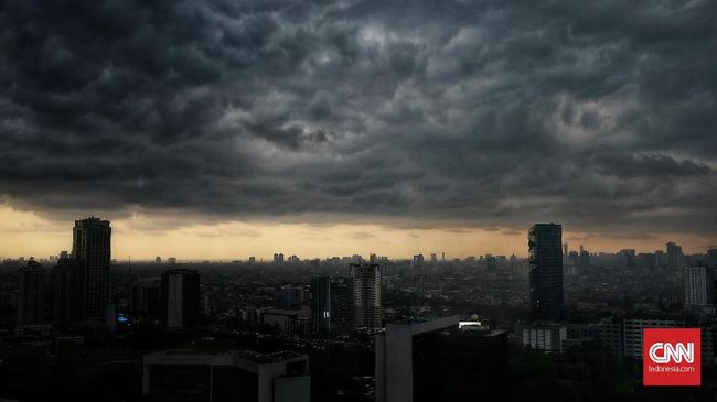 BMKG menyatakan hujan lebat bakal terjadi pada 18 dan 19 Februari di Pulau Jawa.