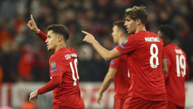 Bayern Munchen menjadi satu-satunya klub yang selalu meraih kemenangan di fase grup Liga Champions 2019/2020 dan mengoleksi angka sempurna 18 poin.