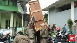 Satpol PP Tertibkan 15 Rumah Dinas Pemprov Sulsel