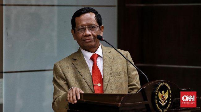 Mahfud MD menyebut bahwa pemerintah membaca kasus penusukan terhadap ulama dan pejabat negara kurun 2016-2018, diorganisir oleh orang yang sama.