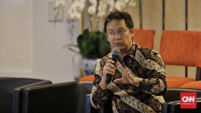 Ketua Satgas Pemulihan Ekonomi Nasional (PEN) Budi Gunadi Sadikin meminta masyarakat untuk disiplin menjalankan protokol kesehatan untuk mencegah covid-19.