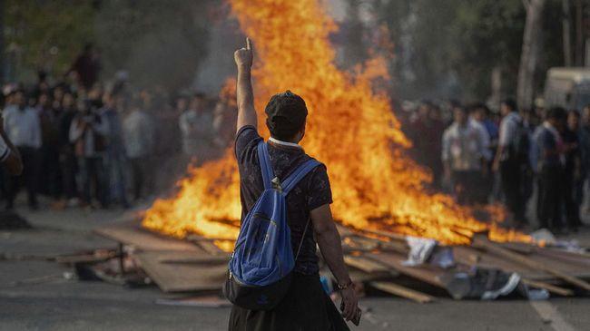 Demo anti UU Kewarganegaraan di India berujung kerusuhan dan menewaskan empat orang, termasuk seorang polisi.