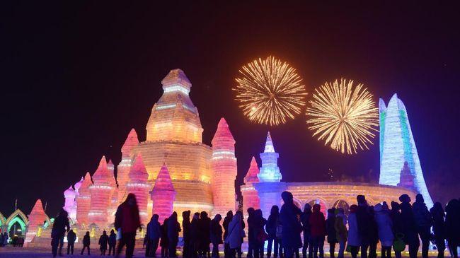 Tak perlu jauh-jauh ke Eropa atau Amerika, karena Asia juga memiliki festival musim dingin yang seru dan meriah.