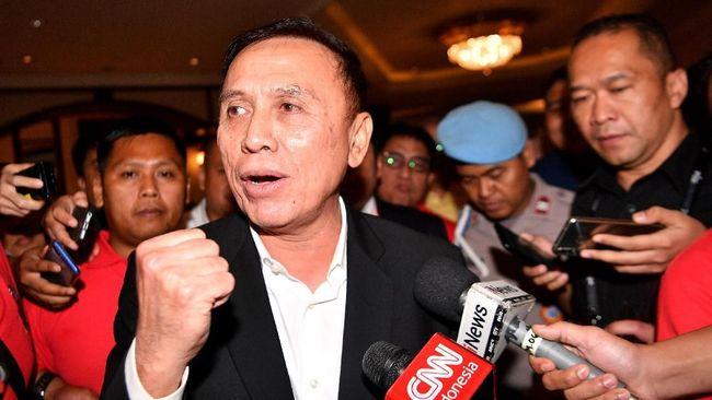 Undangan menghadiri tes virus corona untuk Ketua PSSI dari seorang bos properti hingga lokasi duel UFC 249 menjadi berita terpopuler.