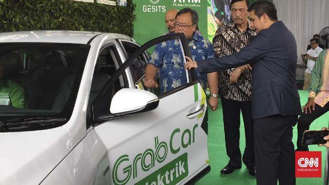 Pengujian melibatkan mobil listrik Hyundai Ionic sebanyak 20 unit, 10 PCX listrik dan 10 unit skuter listrik Gesits.