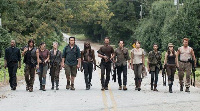 Lima karakter utama dalam serial televisi The Walking Dead kembali hadir dalam trailer terbaru musim ke-11 dirilis pada Minggu (25/7).