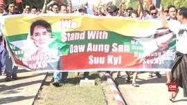 VIDEO: Suu Kyi Disambut Pendukung Usai Hadiri Sidang PBB