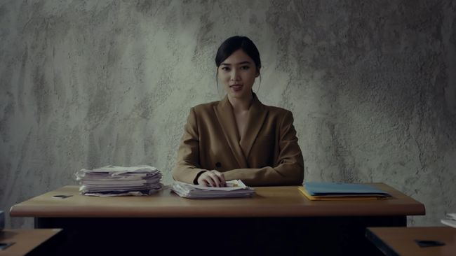 Penyanyi top Indonesia, Isyana Sarasvati, berbagi cerita soal rahasia di balik lagu single terbaru, Unlock The Key.