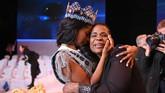 Ajang Miss World 2019 telah menyematkan Miss Jamaika Toni Ann Singh sebagai Miss World 2019.