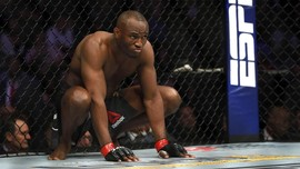 Meme Lucu Injakan Usman di UFC 251