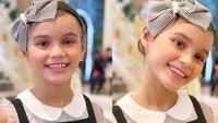 Di usianya yang baru 7 tahun, Chloe mulai mengikuti jejak orang tuanya di media sosial. Ia sempat ikut fashion show untuk salah satu merek pakaian anak. (Foto: Instagram @melaney_ricardo)