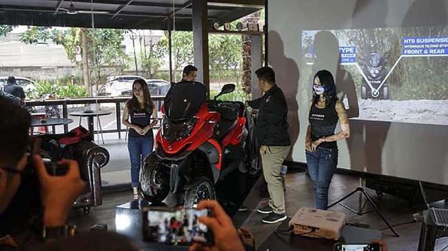 Skutik Qooder dijual Rp357 juta on-the-road Jakarta. Qooder merupakan skutik roda empat pertama di Indonesia.