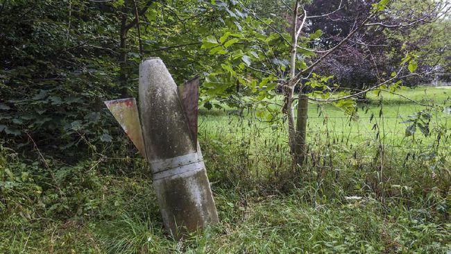 Polisi menyebut lokasi temuan bom peninggalan perang dunia di Bone telah disterilkan oleh Brimob.