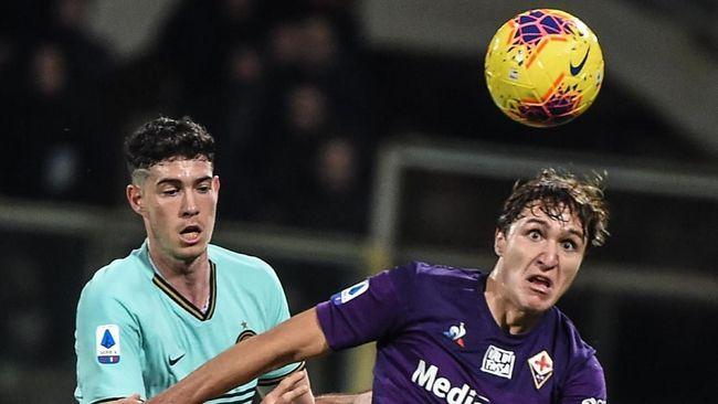 Inter Milan bermain imbang 1-1 dengan Fiorentina dalam lanjutan liga Italia di Stadion Artemio Franchi, Senin (16/12) dini hari WIB.