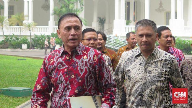 Wakil Ketua Umum PSSI Iwan Budianto mengungkapkan alasan masih mengizinkan klub-klub penunggak gaji pemain tampil di Liga 2 2021.