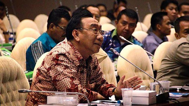 KPK memeriksa anggota Komisi V DPR Fraksi NasDem, Tamanuri, terkait kasus suap yang menjerat anaknya, Bupati Lampung Utara nonaktif Agung Ilmu Mangkunegara.