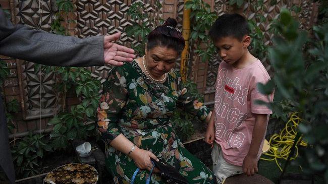 Dukung Etnis Uighur, Netizen Serukan #WeStandWithUyghur