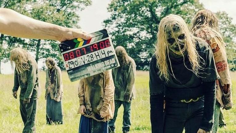 Jumlah Walkers ternyata lebih banyak dari manusia. Tim The Walking Dead melakukan casting Walkers lebih banyak dari manusia yaitu berbanding 5000:1.