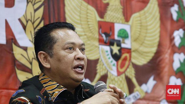 Wacana utusan golongan yang dikemukakan Ketua MPR Bambang Soesatyo dinilai tak memungkinkan karena tak ada di konstitusi dan Indonesia terlalu heterogen.