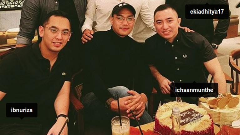 Bibi sempat menyebutkan bahwa Ichsan Munthe adalah seorang pengusaha. Mereka cukup akrab dan sering menghabiskan waktu bersama.