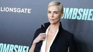 Charlize Theron Kecewa Tak Diajak Gabung Prekuel Mad Max