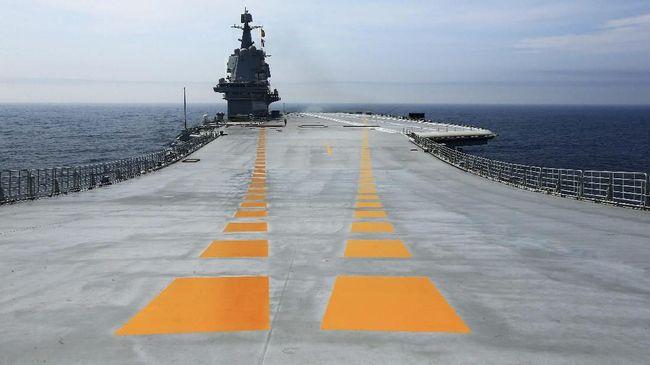 Kapal induk yang diklaim pertama buatan India bernama INS Vikrant memiliki hampir 75 persen komponen produksi lokal.