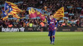 FOTO: Messi Tak Berkutik di El Clasico Barcelona vs Madrid