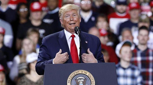Partai Demokrat meyakinkan para anggota Senat AS bahwa Trump telah menyalahgunakan kekuasaan. Trump disebut sebagai sosok yang tak bisa dipercaya.