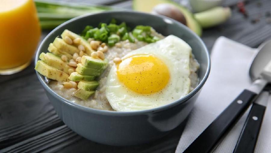 Resep MPASI Bubur Havermut, Kuning Telur & Alpukat, Gizinya Lengkap
