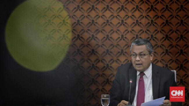 Gubernur Bank Indonesia Perry Warjiyo meminta perbankan untuk menurunkan suku bunga kredit kepada masyarakat.